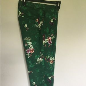 New!! H&M women's flower's pant's size 14 stretch